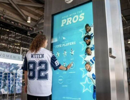 "Dallas Cowboys ""Pose With The Pros"""